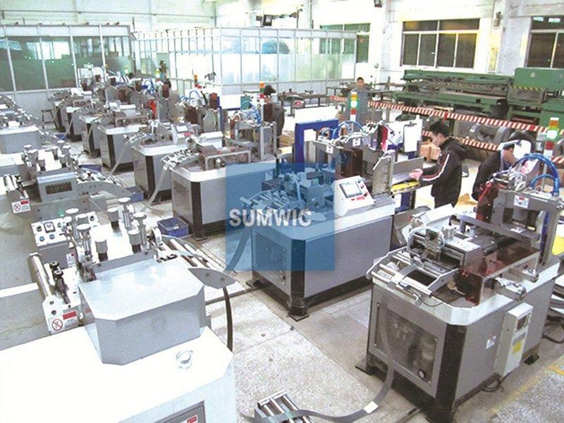 Many sets cut to length machine for producing step lap core in Foshan city