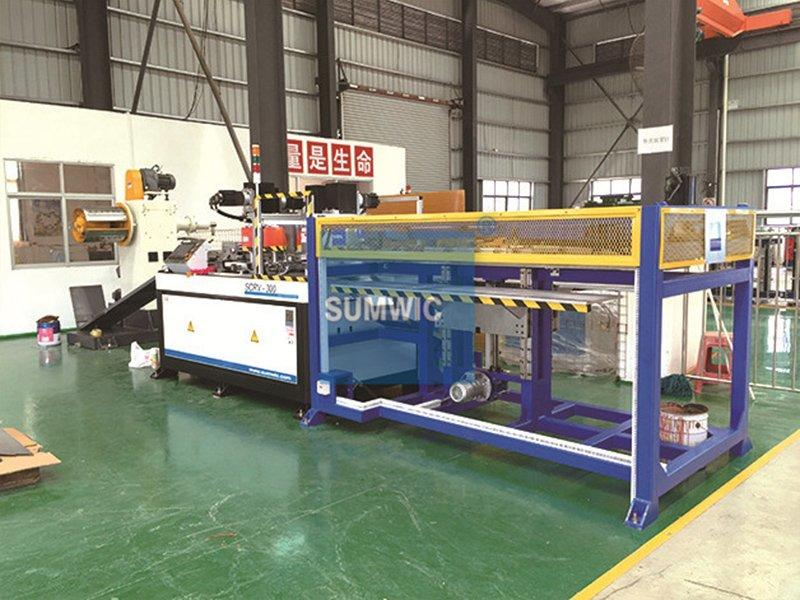 Zengcheng's customer bought the SCRV-300 cut to length line in 2013.